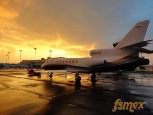 Falcon 50 N991LB listo para salir a Miami.