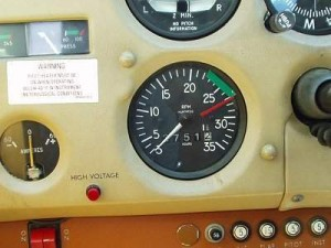 Tacómetro de Avión